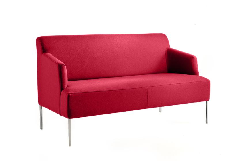 Un canapé d'accueil disponible sur Kollori