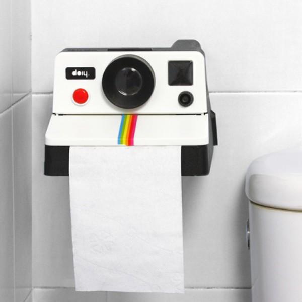 derouleur-de-papier-toilette-appareil-photo-pola