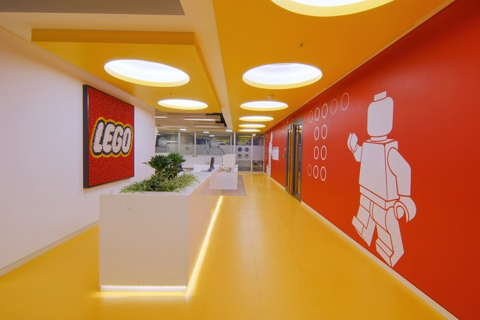 lego-turkey-office-design-6-700x467