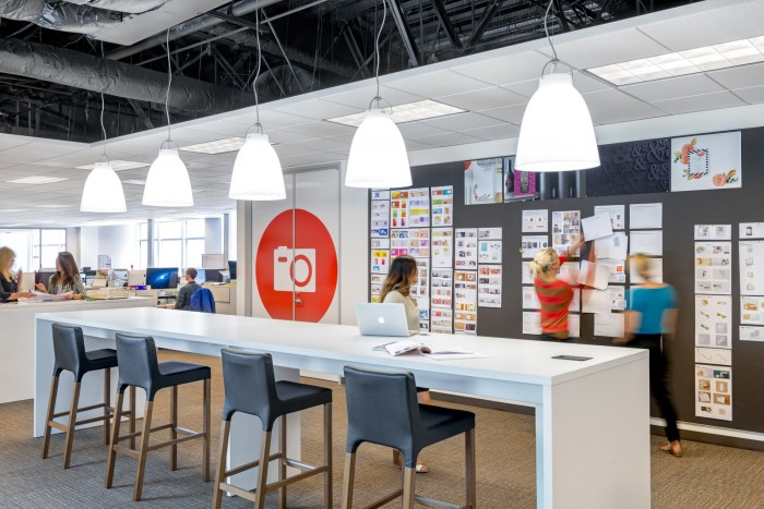 shutterfly-gensler-office-design-6-700x467