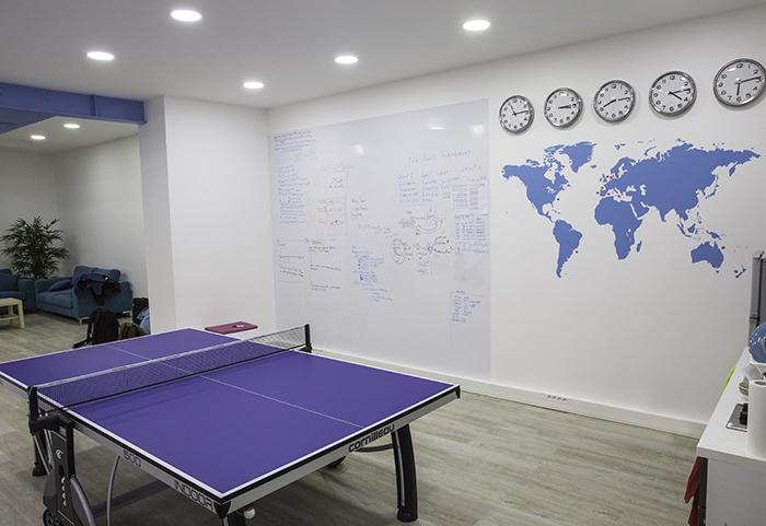 Comment décorer des bureaux blancs ? lexemple de la start up