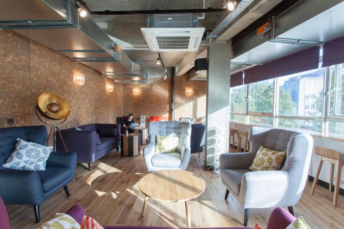 Corpoworking aménager un espace de coworking dans ses bureaux